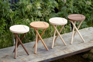 69_01-dancingstools.jpg